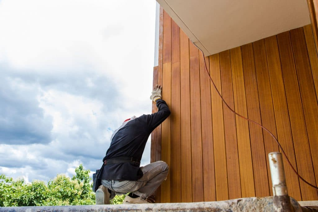 wood siding replacement